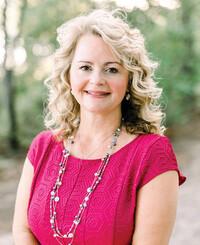 Insurance Agent Paula Faivre
