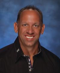 Agente de seguros Scott Brase