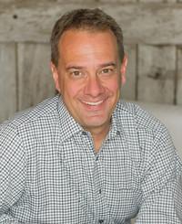 Agente de seguros Geoff Wilkins