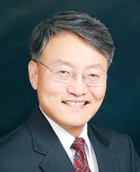 Insurance Agent Sean Kim