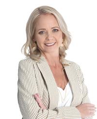 Insurance Agent Melissa Crews