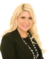 Insurance Agent Stacey Sutherland