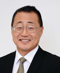 Insurance Agent Loy Pai