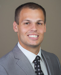 Agente de seguros Justin Stokes