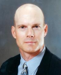 Agente de seguros Tom Riordan