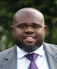 Agente de seguros Reginald Johnson