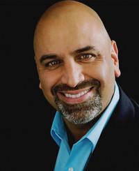 Agente de seguros Michael Cabrera