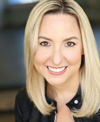 Agente de seguros April Roberts