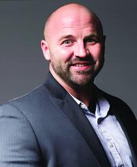 Agente de seguros Justin Elias