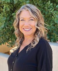 Insurance Agent Hortencia Reyes