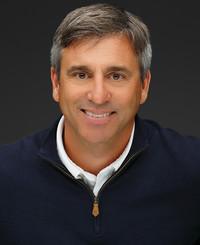 Agente de seguros Todd DeRenzis