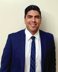 Agente de seguros Dennis Ortega