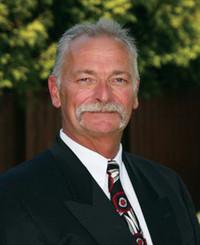 Insurance Agent Brad Reynolds