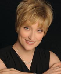 Agente de seguros Beth Travis