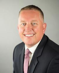 Agente de seguros T.J. Olson