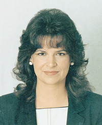 Insurance Agent Bobbie Cash