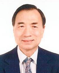 Insurance Agent Jim Sundu