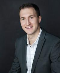 Agente de seguros Andrew Peschong