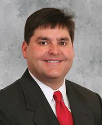 Agente de seguros Mark Cumella