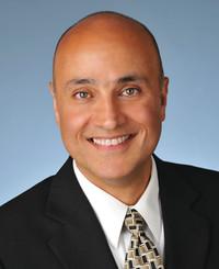 Agente de seguros Ali Alyazdi