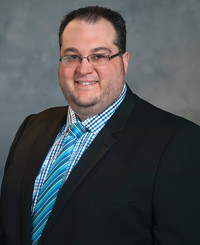 Insurance Agent Mark Niemiec