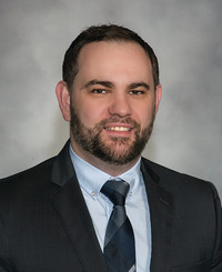 Agente de seguros Michael Daka