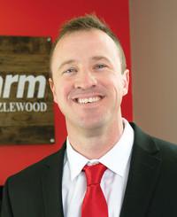 Agente de seguros Josh Hazlewood