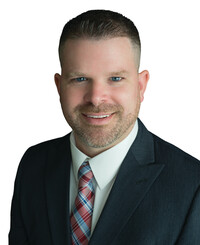 Agente de seguros Tom Bullock
