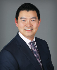 Agente de seguros Steven Wang
