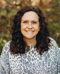 Insurance Agent Lisa Cravens