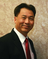 Insurance Agent Dan Van Duong