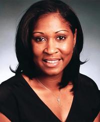 Agente de seguros Tomica Hodge