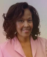 Insurance Agent Sabrina Dixon