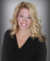 Insurance Agent Deanna Lynn Woodruff