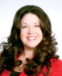 Insurance Agent Cindy Maxwell