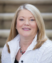 Insurance Agent Rena MacDonald