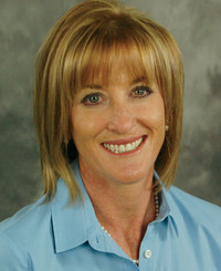 Agente de seguros Melba Ballard