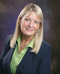 Insurance Agent Nancy Pipinich