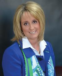 Insurance Agent Angela Mullins