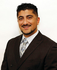 Insurance Agent Yama Ebrat