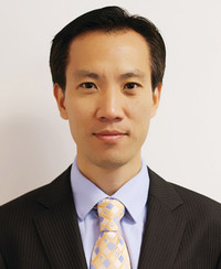 Insurance Agent Simon Zhen Cao