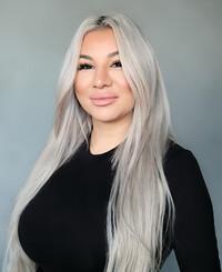 Insurance Agent Janette De La Cruz