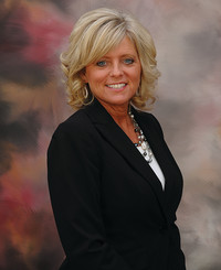 Insurance Agent Robin Summerville