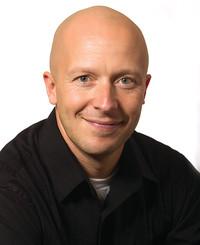 Agente de seguros Matt Stokes