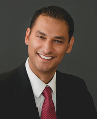 Agente de seguros Damien Shull