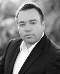 Agente de seguros Michael Baker