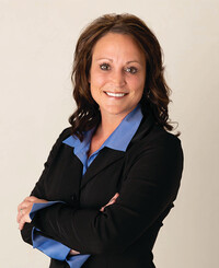 Insurance Agent Amatha Farrens