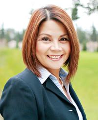 Insurance Agent Olivia Crelencia