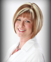 Insurance Agent Stephanie Langkil
