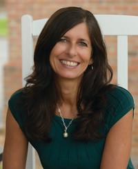 Insurance Agent Pamela Perrone